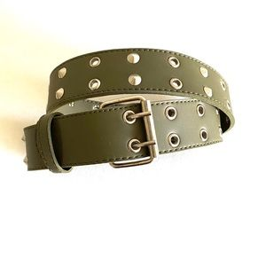 Women's green belt with stud detail size 30